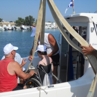 """San Foca, """"Navig-abile 2011"""" rende il mare accessibile ai diversamente abili"""