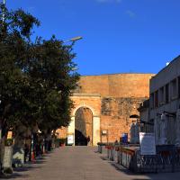 Il costo dell'albergo lievita,  turisti in difficoltà a Otranto