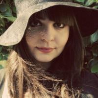 L'esordio di Lucia Manca con il suo primo omonimo album