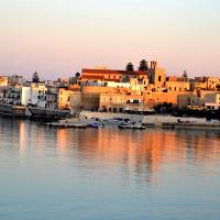 Casa agli Otrantini: è battaglia sui muri della città