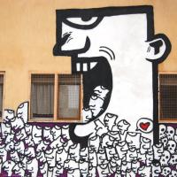 """Con """"Pugni chiusi"""" di Frank Lucignolo a Lecce è di nuovo Street Art"""