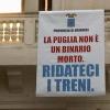 I tagli di TrenItalia e lo striscione di Vendola
