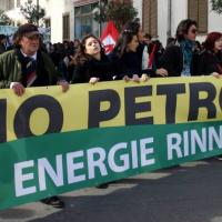 In 10 mila per dire no al petrolio
