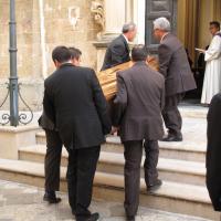 Giovane suicida a Scorrano, oggi i funerali