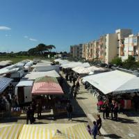 Inaugurata la nuova area mercatale