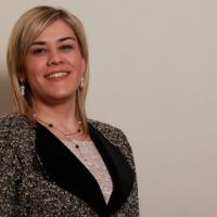 Ieri albanesi, oggi italiani: come vivono i migranti di venti anni fa secondo Klodiana Cuka, presidente di Integra