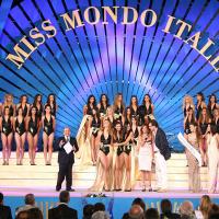Gallipoli si tinge di glamour con la finale di Miss Mondo Italia 2011